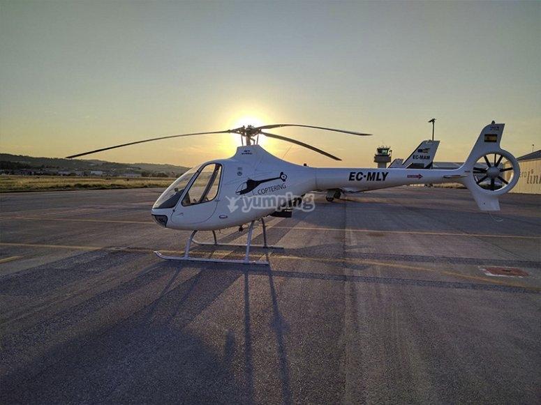 Listos para volar en helicóptero por Montserrat