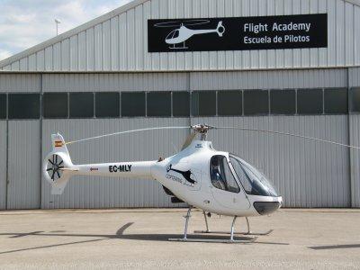直升机飞行通过蒙特塞拉特地区