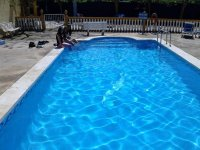 Bano en la piscina
