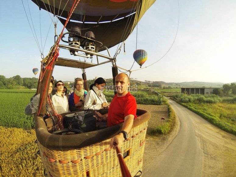 Recording us in the balloon´s basket