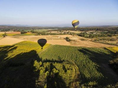 Vuelo en globo Empordà y menú en hotel con vistas
