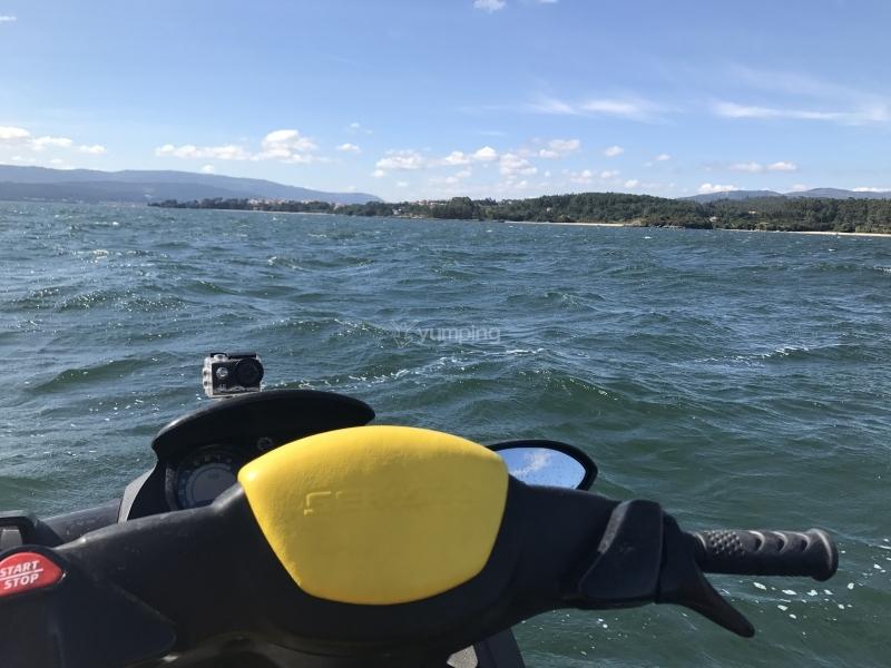 res_o-37752-motos-de-agua_de_peter-heeren-montagu_15023462066541.JPG