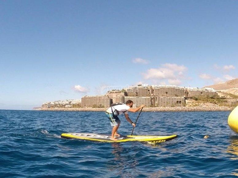 Navegando en paddle surf