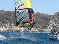 Windsurf course for several levels