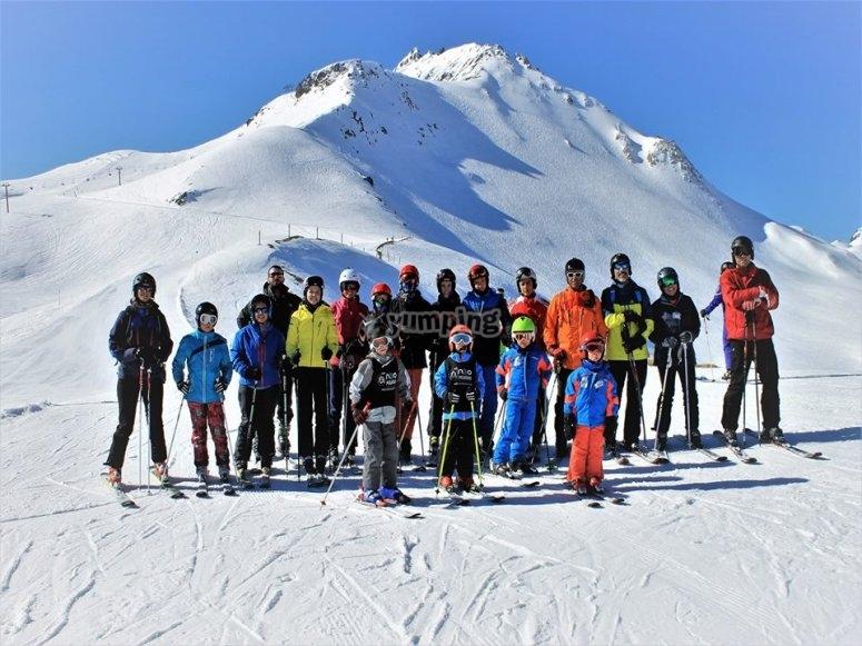Curso de esqui para ninos en Valdesqui