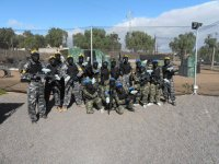 We´re all ready to play paintball