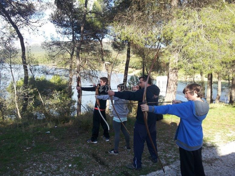 Aprendiendo tiro con arco