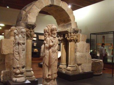 Visita guiada Reinos Cristianos Museo Arqueológico