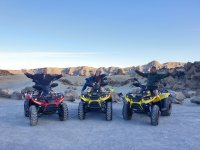 Sobre los quads en el mirador del Teide