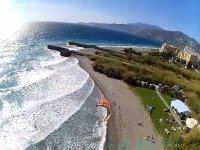 风筝冲浪格拉纳达的海滩上