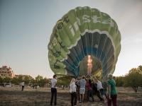 Hinchando el globo aeroestático