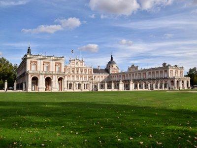 Visita guiada en Palacio y Jardines de Aranjuez 5h