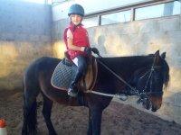 Clase de equitación en Palencia en picadero 1 hora