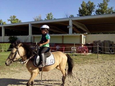 Clase de equitación en poni en Palencia 45 minutos