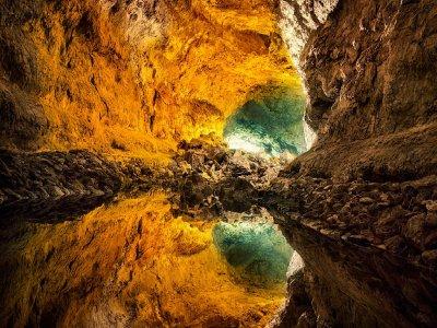 Excursión bajo tierra y miradores por Lanzarote