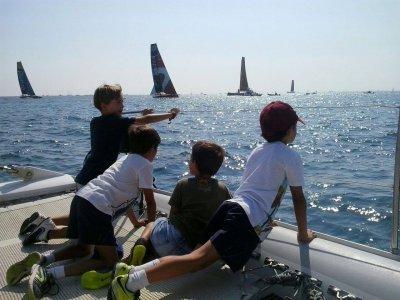 Paseo en catamarán en Málaga para niños