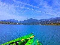 Viendo el monte desde el kayak