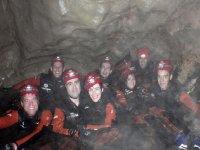 grupo en cueva