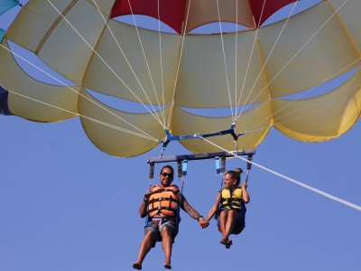 Parasailing in Palma beach.