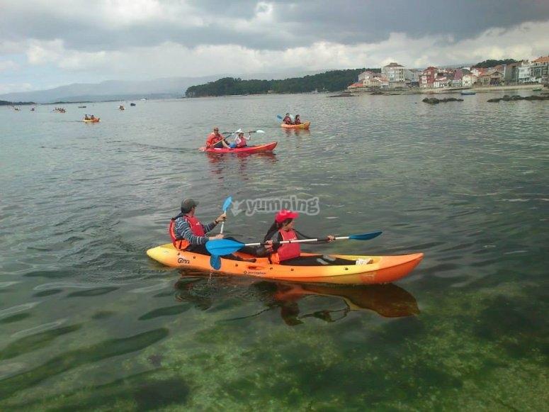 Navigating with a kayak in Pontevedra