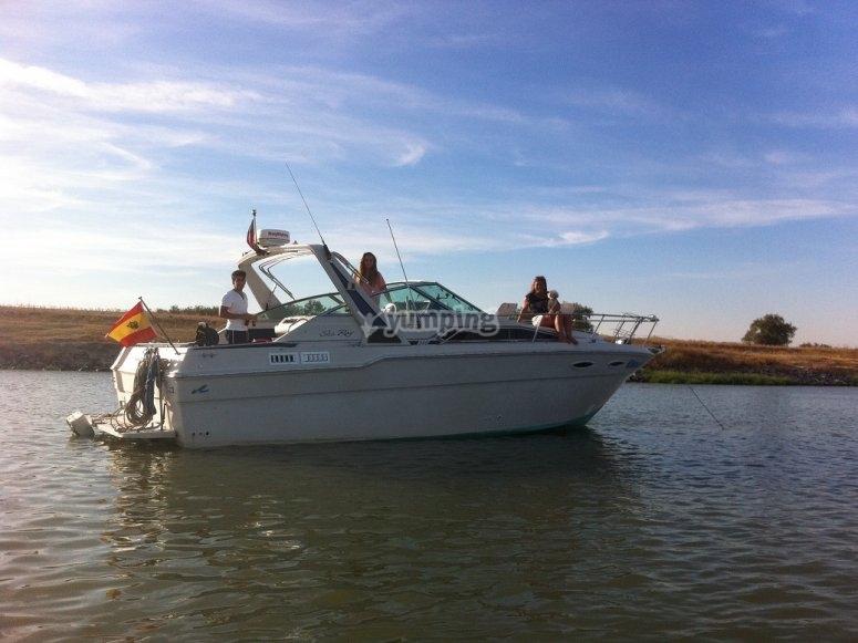 Navegando por el rio