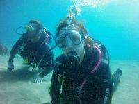家庭尝试潜水潜水潜水组的第一个步骤