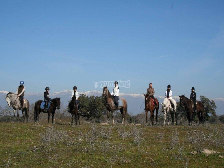 Montando a caballo por Monfragüe