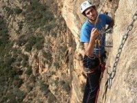 Recorriendo la montana con escalada guiada