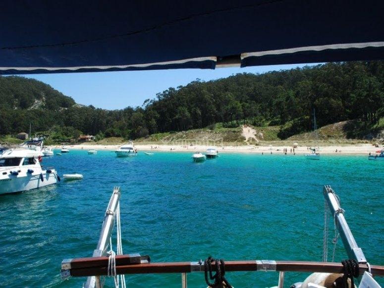 双体船和葡萄酒旅游--999-离开船