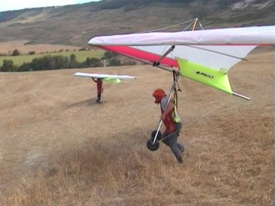 2 days hang gliding in Navarra