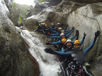 Stag/Hen Party w/ Canyoning in Girona, Induction
