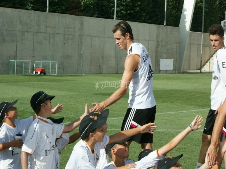 Gareth Bale en el campus de fútbol