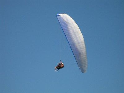 Tandem Paragliding Flight in Barcelona 15min