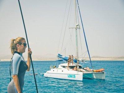 Excursión en barco a Lobos actividades y comida