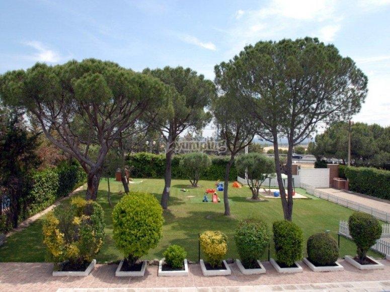 Jardin de la escuela