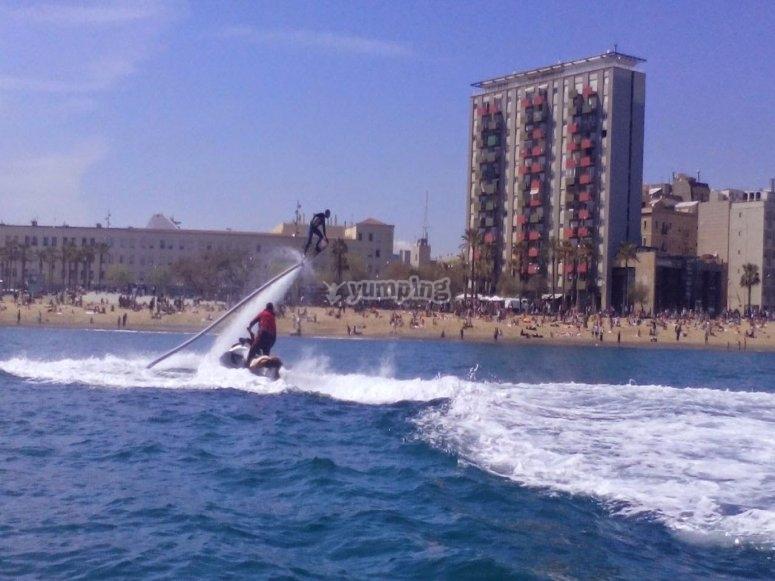巴塞罗那海滩气垫板