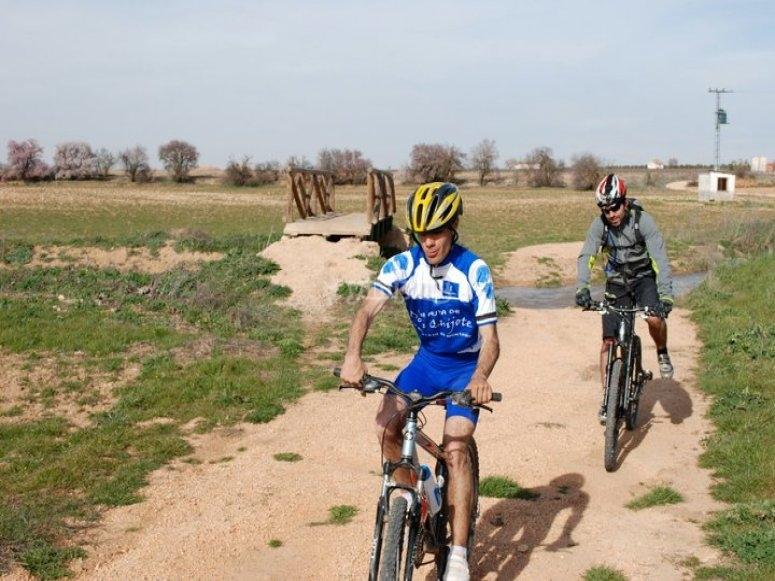 In mountain bike percorsi