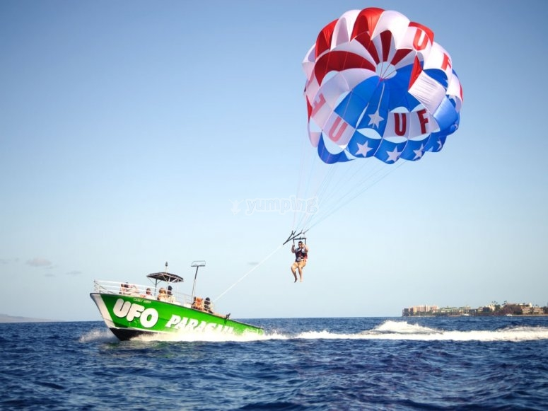 parasailing azul