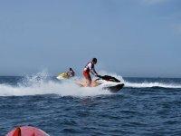丰希罗拉的摩托艇之旅