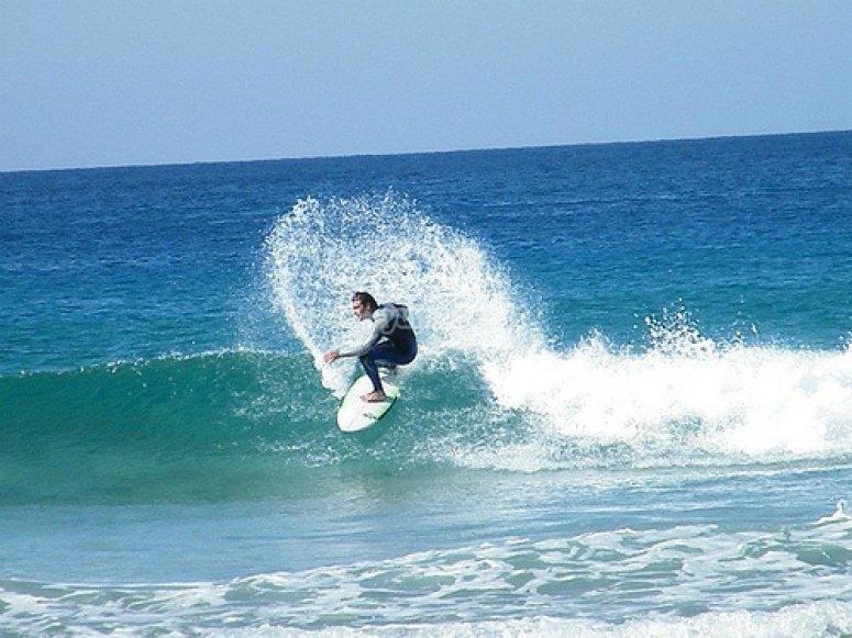 surfeando.jpg