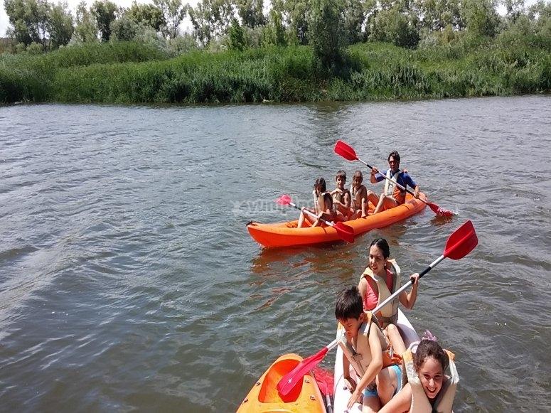 Con las canoas