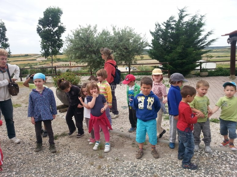 i bambini si sono riuniti