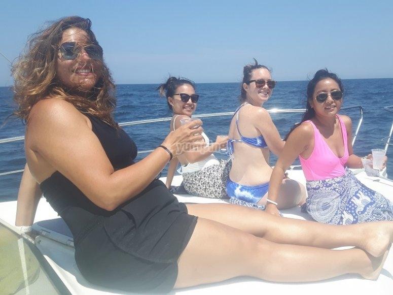 Grupo de chicas de celebracion