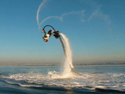 Flyboarding in D'en Bossa beach during 1 hour