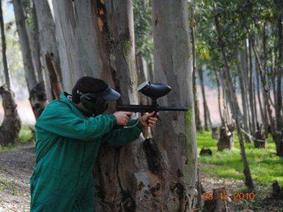 Gioca a paintball in Alpujarra con 600 palline