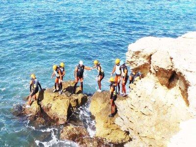 Coasteering en Isla Plana y noche en hotel de 4*