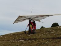 On the slope with the hang glider