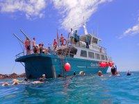 Immersioni mentre altri rimangono sulla barca