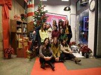 学校人员在圣诞节