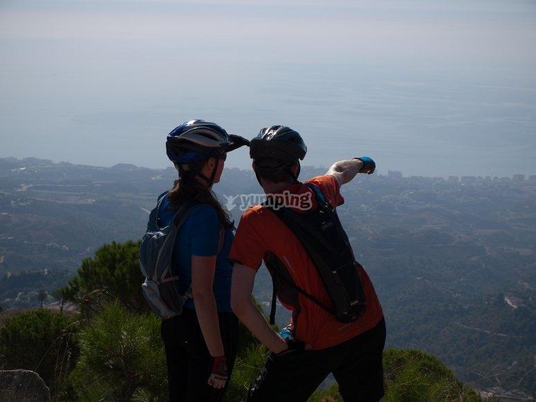 萨卡罗萨的山地自行车和徒步旅行